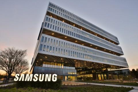 Rayakan Ulang Tahun ke-50, Samsung Berikan Penawaran Khusus