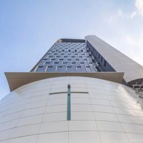 Mengintip Gereja Setinggi 21 Lantai di Hong Kong