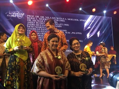 Lestari Moerdijat Raih UI Award Sebagai Alumni Inspiratif