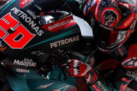 Quartararo Rebut Pole Position, Marquez Crash