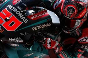 Quartararo Rebut Pole Position, Marquez Crash