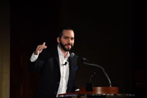 El Salvador Usir Diplomat Venezuela