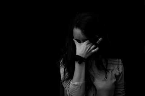 Penyebab Mata Lelah dan Cara Mengatasinya
