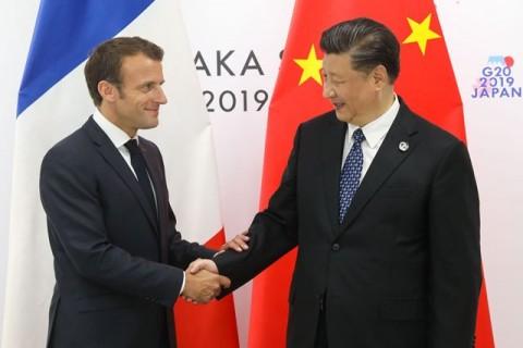 Macron Nekat Bahas Isu Hong Kong di Tiongkok