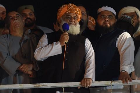 PM Pakistan Menolak Mundur, Pedemo Bertekad Lanjutkan Protes