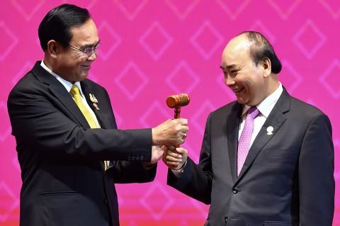 Thailand Serahkan Mandat Ketua ASEAN kepada Vietnam