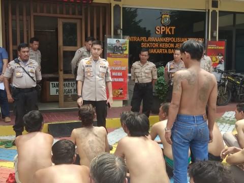 17 Preman Ditangkap di Kebon Jeruk