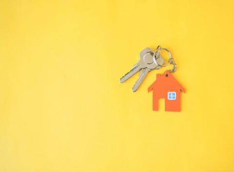 Beli Rumah Jadi Impian Kedua Anak Milenial