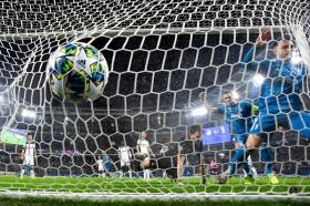 Costa Bawa Juventus Tumbangkan Lokomotiv Moskow