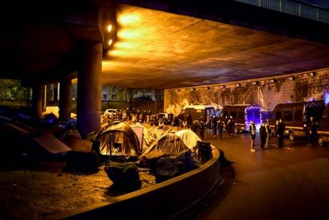 Polisi Prancis Evakuasi Ratusan Imigran dari Penampungan Liar