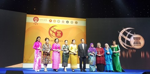 Paragon Raih Penghargaan ASEAN Business Award (ABA) 2019