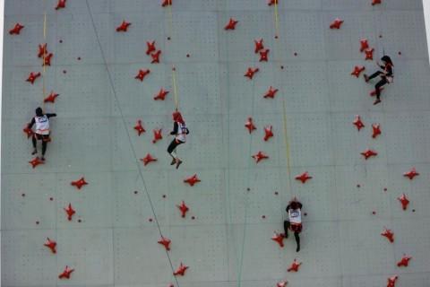 Atlet Panjat Tebing Indonesia Asah Mental Bertanding di Kejuaraan Asia