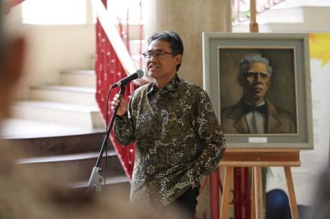 Rektor Pertama UGM Dianugerahi Gelar Pahlawan Nasional