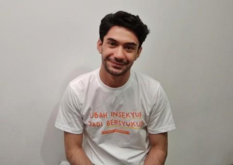 Reza Rahadian Merayu Jessica Mila di Singel Tak Harus Sempurna