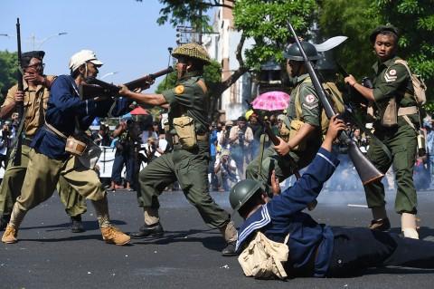 Ribuan Peserta Meriahkan Parade Surabaya Juang