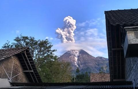 Gunung Merapi Erupsi, BPPTKG Deteksi Pertumbuhan Kubah Lava