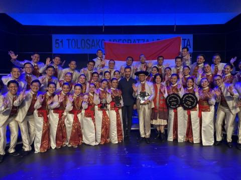 Paduan Suara Batavia Madrigal Singers Raih Juara Umum di Spanyol