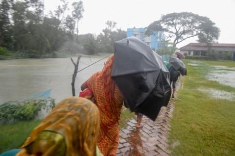 Siklon Bulbul Landa India dan Bangladesh, Dua Tewas