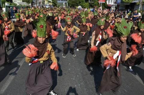 Pramuka Kwarcab Bandar Lampung Pecahkan Rekor MURI