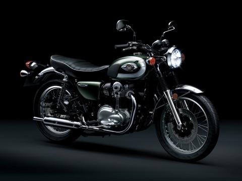 Kawasaki W800 yang Kental Gaya Big Bike Jepang