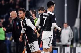 Sarri Beberkan Alasan Menarik Keluar Cristiano Ronaldo