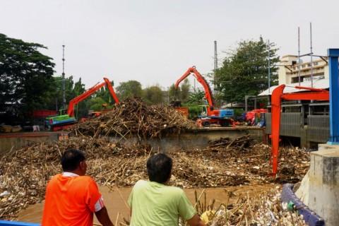 DKI Anggarkan Rp197 M untuk Saringan Sampah