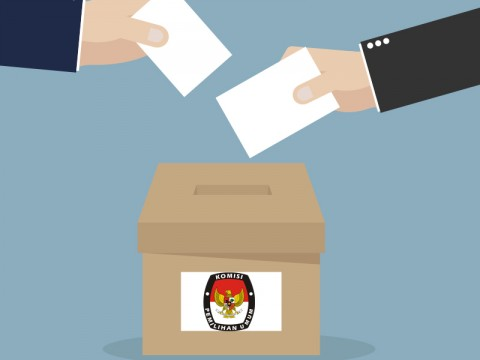 Jokowi Receives KPU Commissioners at Palace