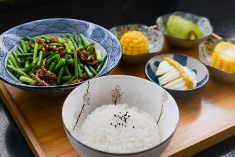Apakah Pasien Diabetes Tidak Boleh Mengonsumsi Nasi?