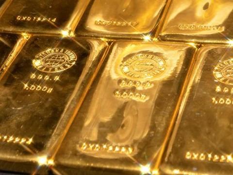 Sisi Positif dan Negatif Simpan Emas di <i>Safe Deposit Box</i>