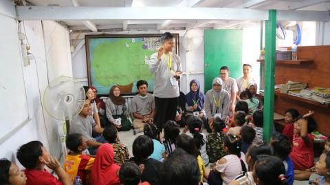 Penerima Beasiswa LPDP Tingkatkan Literasi di Jakarta Utara