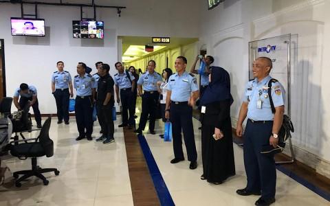 Perwira Humas TNI AU Belajar dari Metro TV