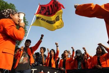 Kemendikbud: Wajib Militer Mahasiswa Wujud Bela Negara