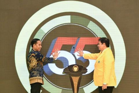 Istana Bantah Jokowi Dukung Airlangga di Golkar