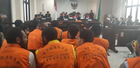 27 Terdakwa Kerusuhan di Jayapura Menjalani Sidang Perdana
