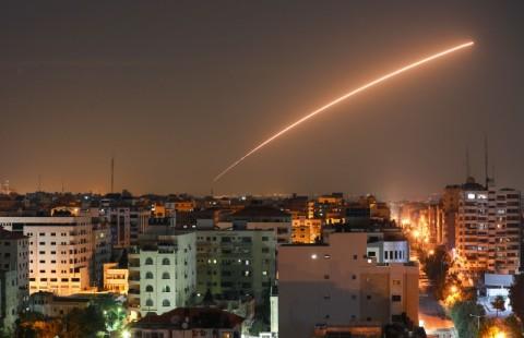 Baku Tempur Israel-Palestina, Tewaskan 12 Warga Gaza
