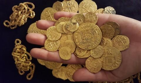Emas Dunia Kembali Kinclong