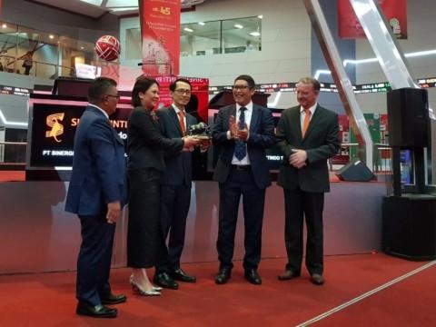 <i>Listing</i> Perdana, Saham Perusahaan Plastik Melejit 69%