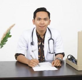 Lulusan UMM Jadi Dokter di Usia 20 Tahun
