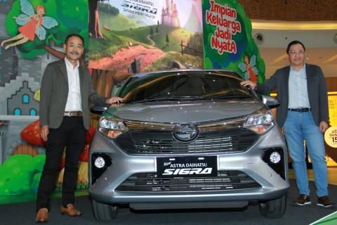 Penjualan Mobil Astra Melambat