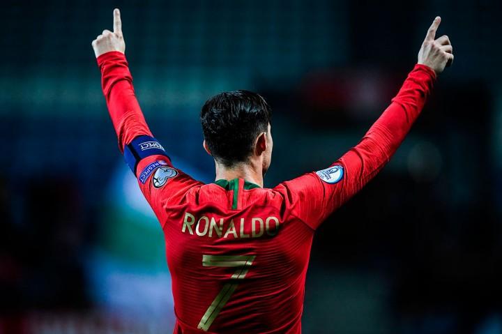 Hat-trick Ronaldo Bawa Portugal Gilas Lithuania 6-0