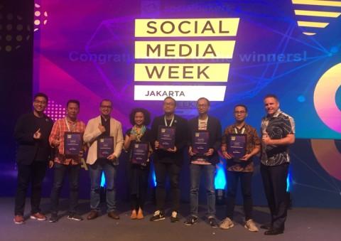 Pemenang Socially Devoted Award SMW Jakarta