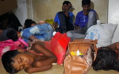 100 Pengungsi Rohingya Diselamatkan dari Kapal Tenggelam