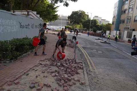 Untuk Pertama Kalinya Militer Tiongkok Bersihkan Hong Kong