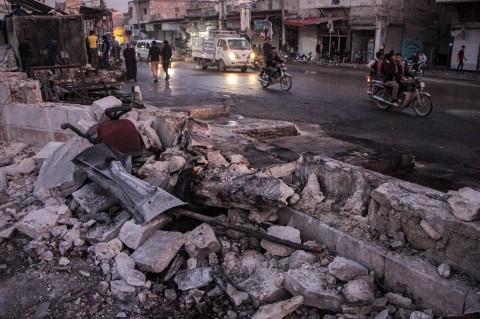 Bom Mobil Tewaskan 19 Orang di Suriah