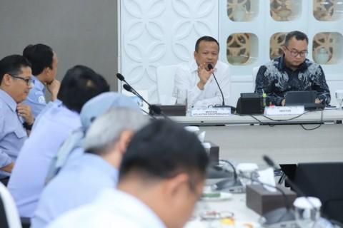 Menteri KKP Bakal Serahkan Kapal Pencuri Ikan ke Nelayan