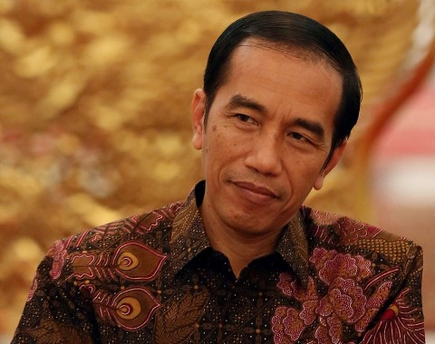 Jokowi Receives Credentials from 14 Ambassadors