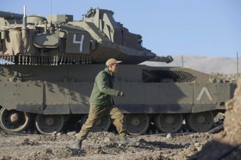 Israel Serang Basis Militer di Suriah