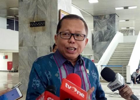DPR Siap Lawan Tiga Pimpinan KPK di MK