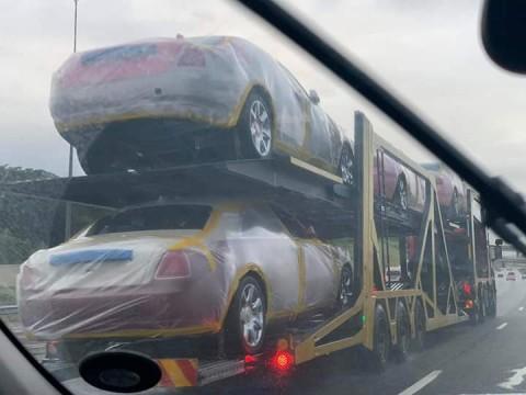 Raja Eswatini Boyong 120 BMW & 19 Rolls-Royce