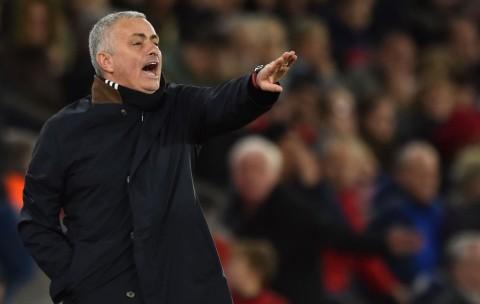 Debut Mourinho Diprediksi Berjalan Mulus
